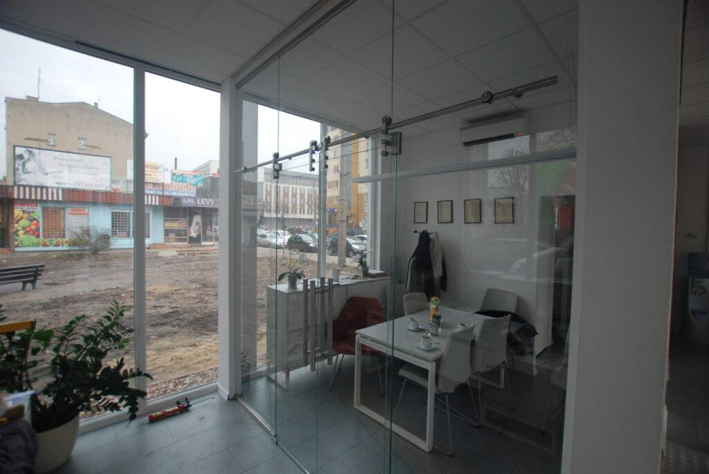 Szklane ściany działowe ściany działowe ze szkła