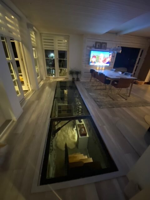 podłoga zeszkła, szklane podłogi, szklana podłoga