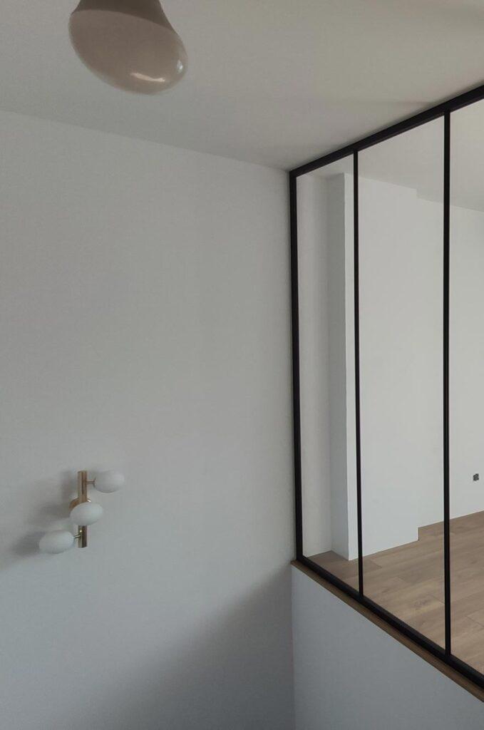 szkło wwykończeniu wnętrz, szklana podłoga